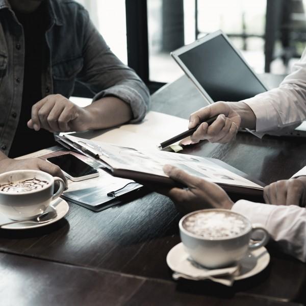 Kunt u uw aandeelhouder-natuurlijke persoon en uw aandeelhouder-vennootschap verzoenen in het kader van de aanleg van een liquidatiereserve binnen de BV?