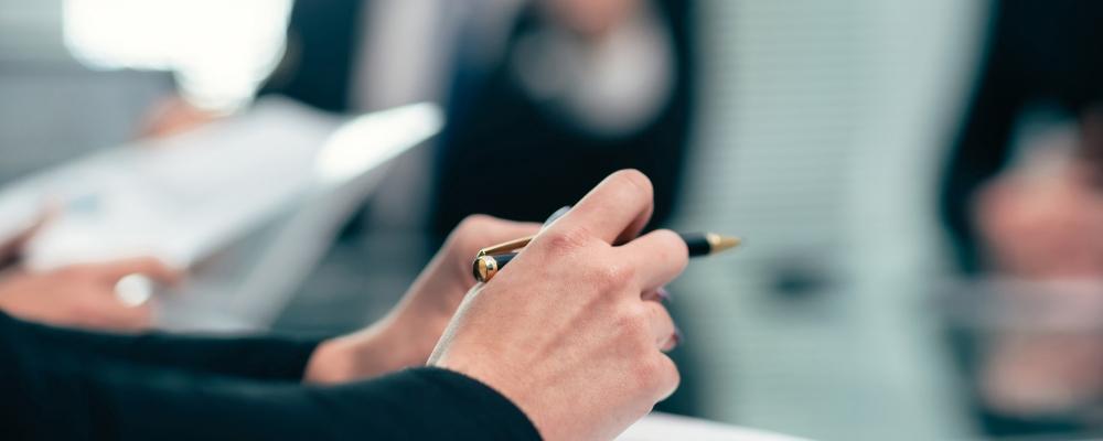 Van medewerker naar mede-aandeelhouder via opties of inschrijvingsrechten